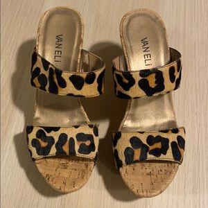 Chic Cheetah Print Heels